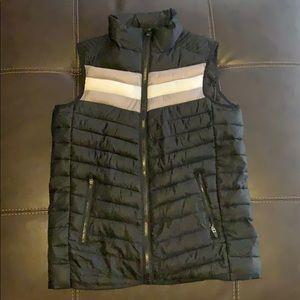 Fabletics Fenway puffer vest Size XS